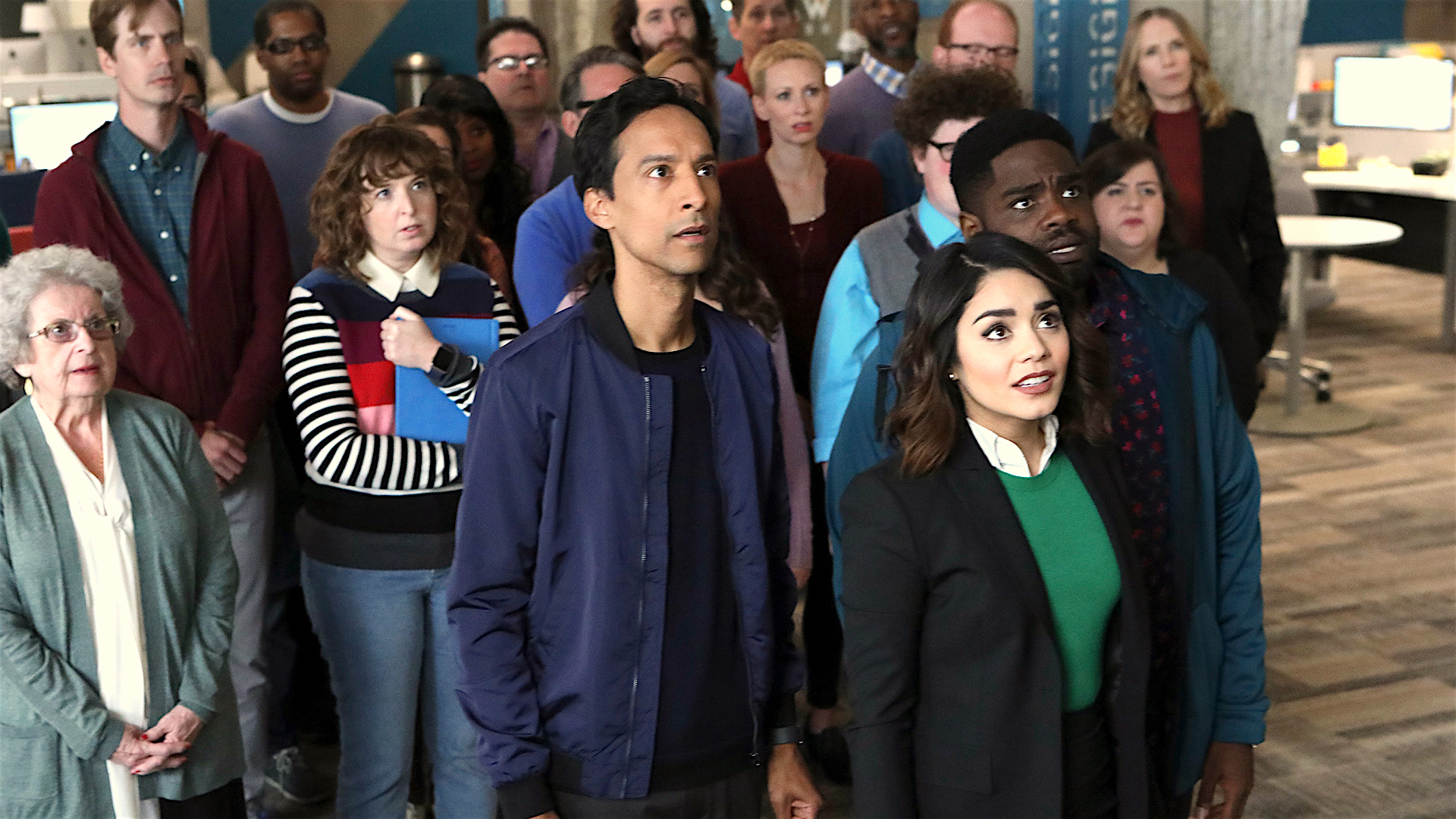 "Super or Not? A 'Powerless' Season 1 Episode 3 Review: ""Sinking Day"""
