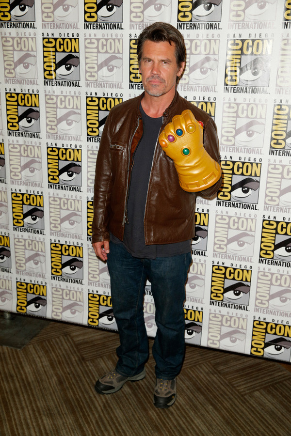 Brolin with Infinity Gauntlet