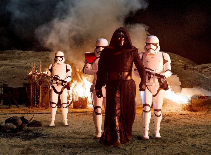 Star Wars: The Force Awakens Set Photos