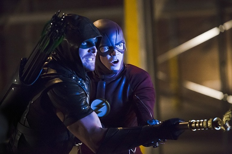 "Friendship saves the day in Arrow Episode 8: ""Legends of Yesterday!"""