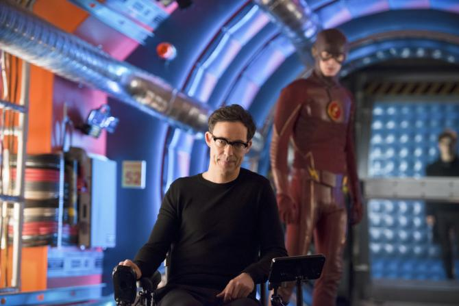 "Review- The Flash Season 2 Episode Episode 17: ""Flash Back"""