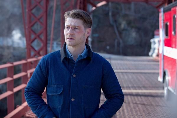 Review: Gotham Season 2 Episode 16: