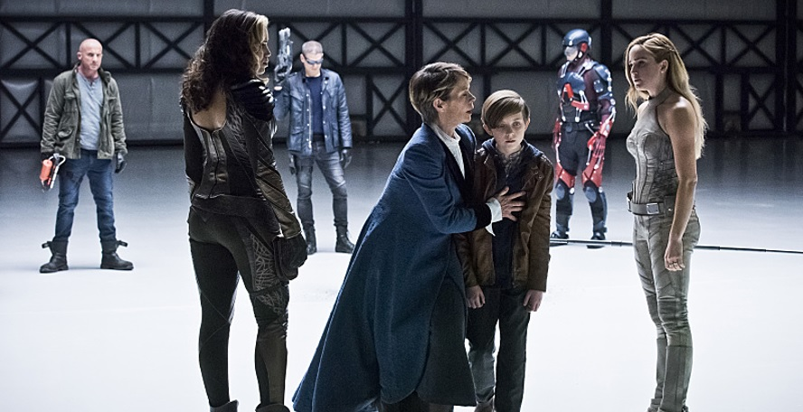 Legends of Tomorrow Season 1 Episode 12 Review: