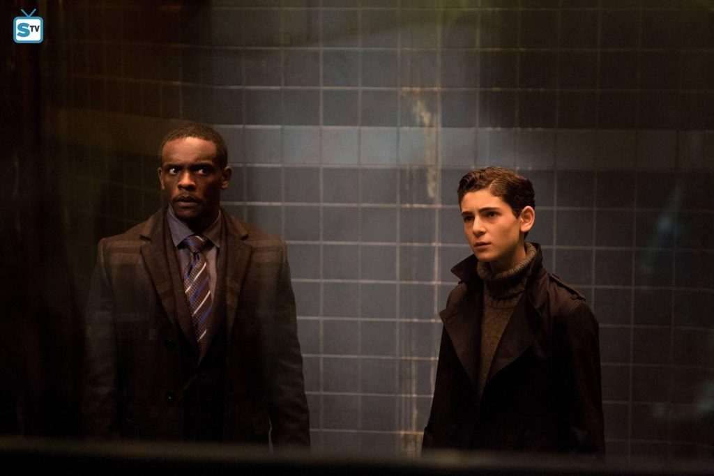 "Gotham Season 2 Episode 21 Review: ""A Legion of Horribles"""