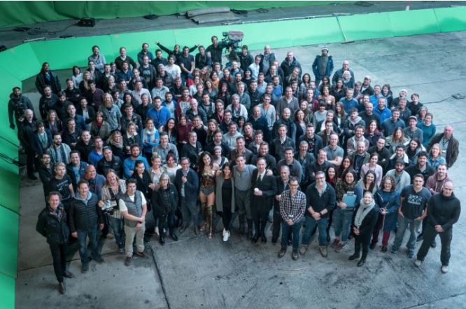 Director Shares New Images of Wonder Woman with Cast and Crew!