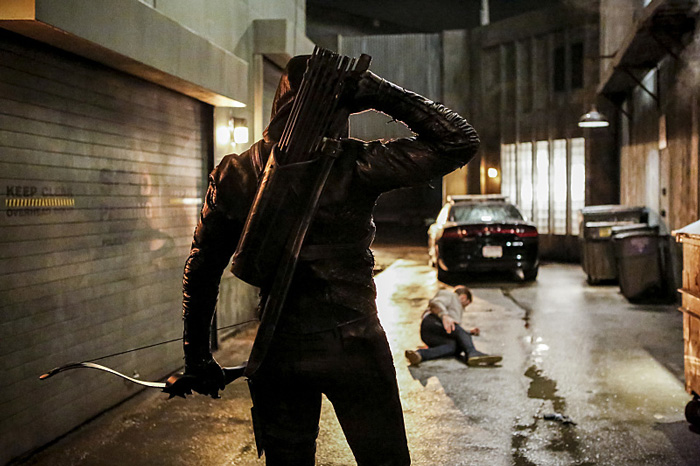 New Images Reveal Arrow Season 5 Villain, Prometheus!