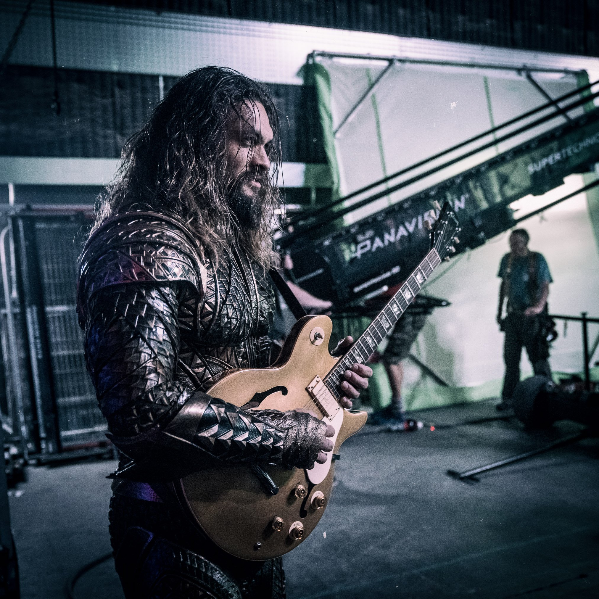 Aquaman Trades His Trident for an Axe in New Justice League Image