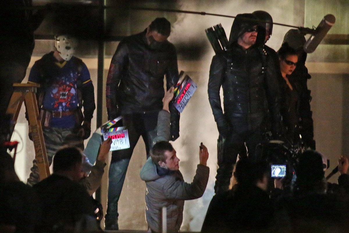 First Look at Mr. Terrific, Wild Dog and More in Arrow Season 5 Image!