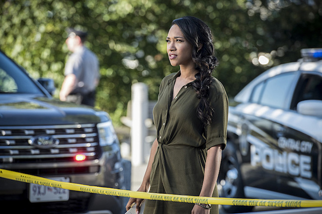 """Jay Garrick Is Back in New Images from The Flash Season 3 Ep. 2: """"Paradox."""""""