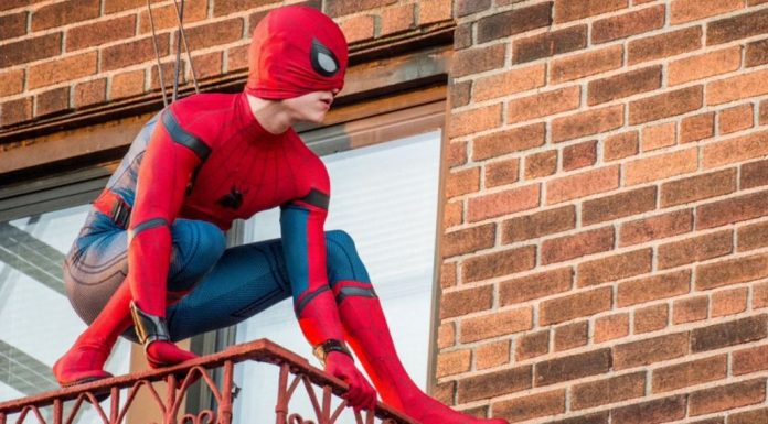 Spidey Strikes Classic Poses in New 'Spider-Man: Homecoming' Set Pics!