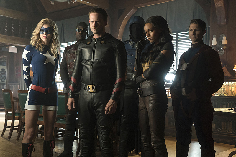 First Look at the Assembled Justice Society from Legends of Tomorrow Season 2!