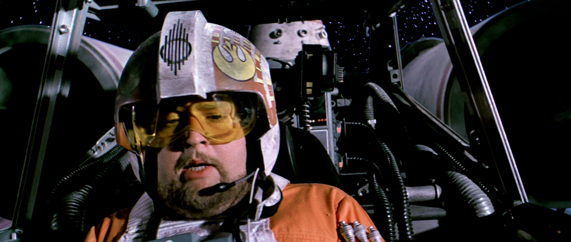 Twenty Star Wars GIFs That Reaffirm Your Love of Star Wars, and Maybe the Internet