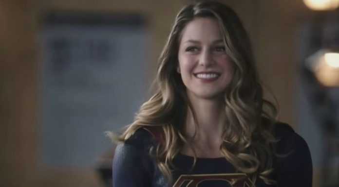"The Flash Introduces Supergirl in First Promo for DC TV Crossover: ""Heroes v Aliens"""