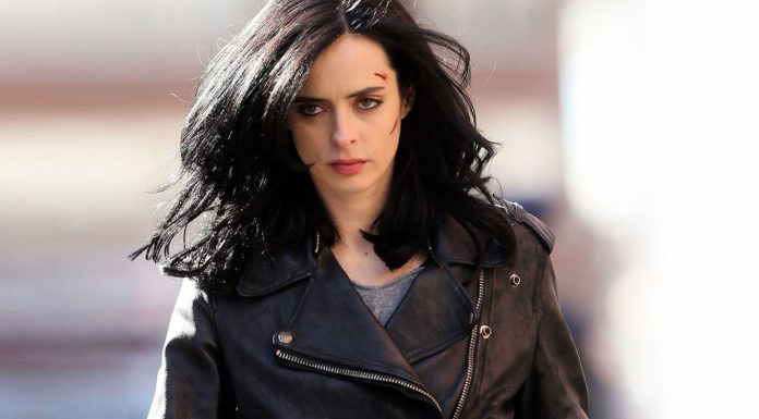 """Krysten Ritter Describes Jones' and Daredevil's """"Cat-and-Mouse"""" Dynamic in DEFENDERS"""
