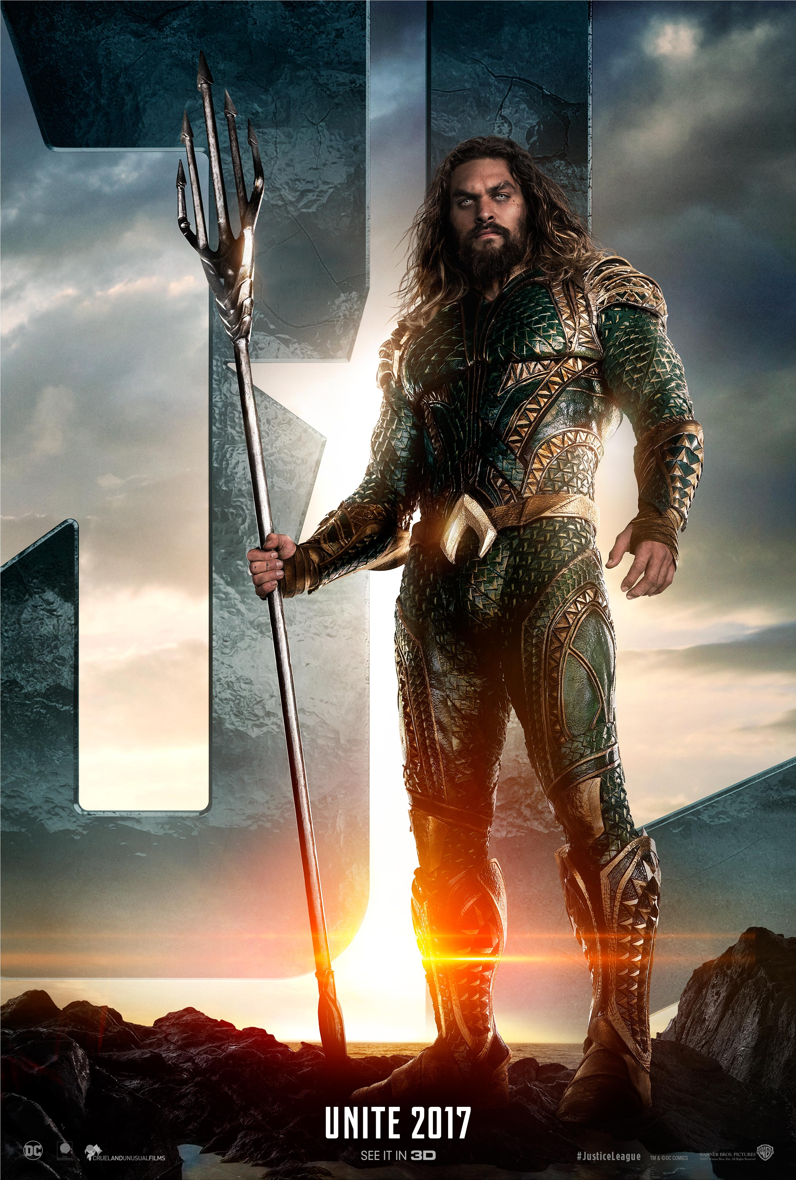 New JUSTICE LEAGUE Teaser Trailers and Character Posters for Aquaman, Batman and Flash (more to come)!