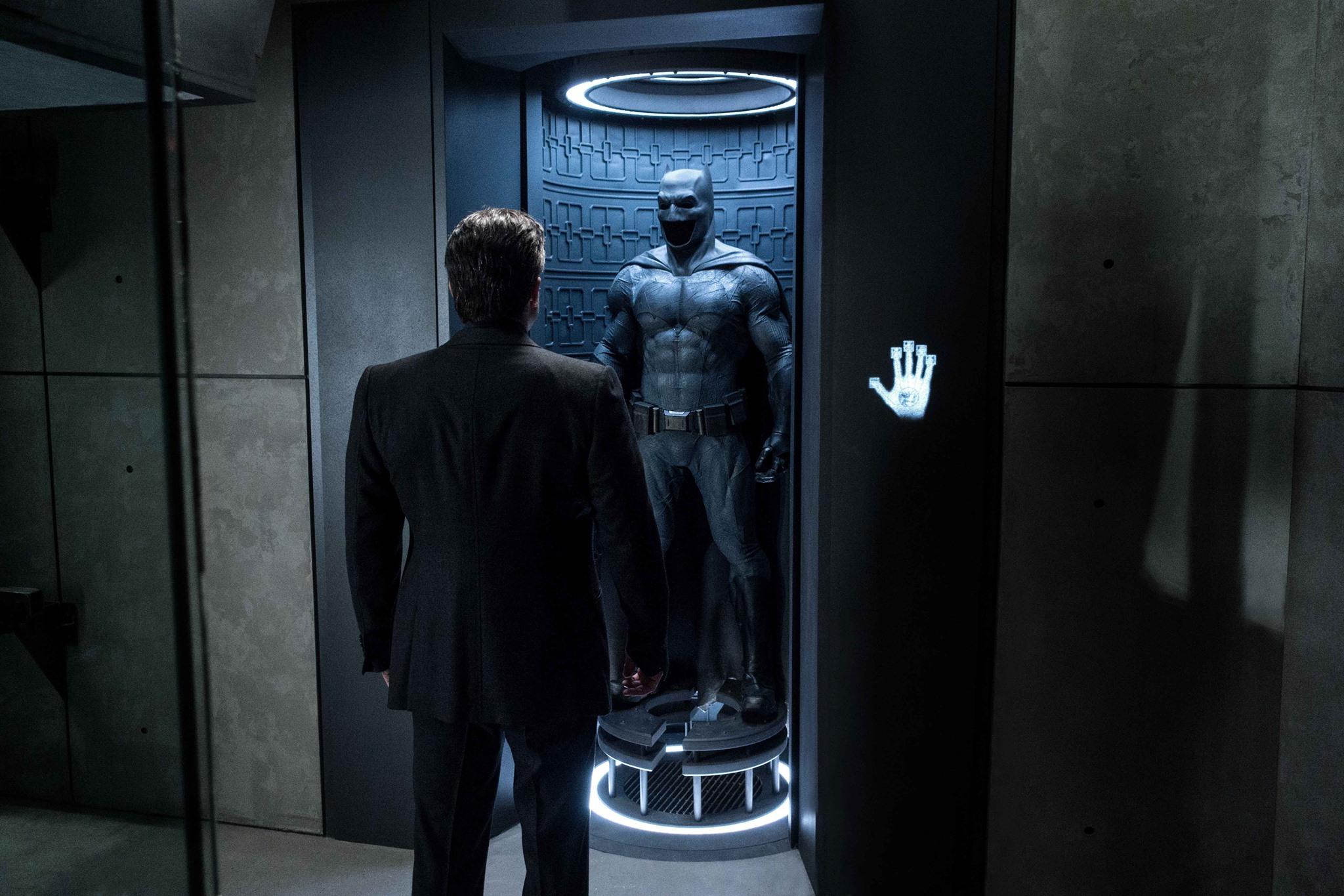 THE BATMAN Movie Script Is Being Rewritten from Scratch, Delay Imminent
